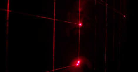 Cirkus_Lumineszens_Laser_Harp_web