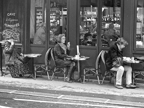 Paris-petit-train-de-fumeuses_WEB