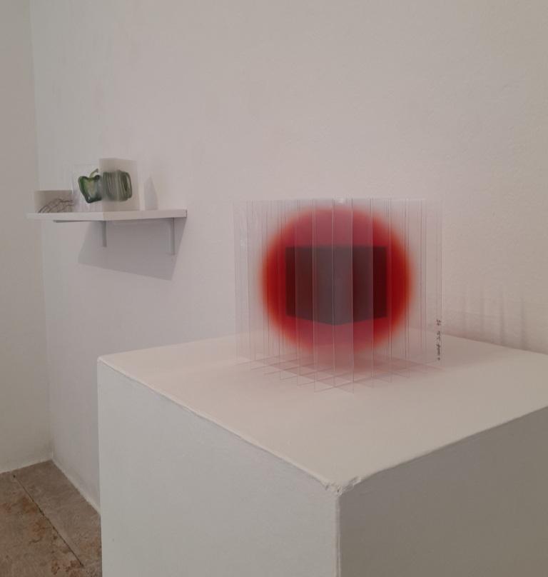 Black Cube in Red impression UV sur polycarbonate, vernis 2020